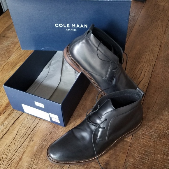 Cole Haan Other - Cole Haan Black leather shoes